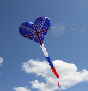 Extreme Kite UK record attempt at Balloons inDurham