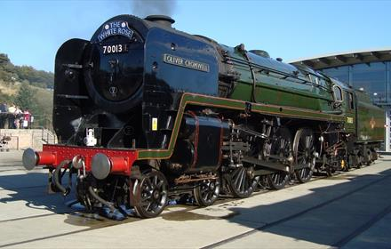 Locomotion: Autumn Steam Gala NO. 70013 Oliver Cromwell  To Star At Autumn Steam Gala