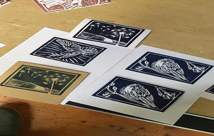 Bishop Auckland Town Hall: Be Creative - Halloween Silhouettes Lino Cut Printmaking