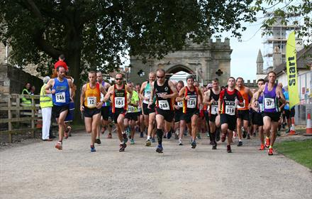 Runners setting off for Auckland Castle's Trail Race
