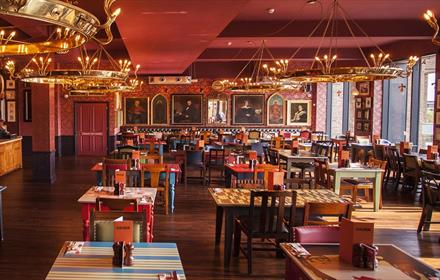 Cosy Club restaurant
