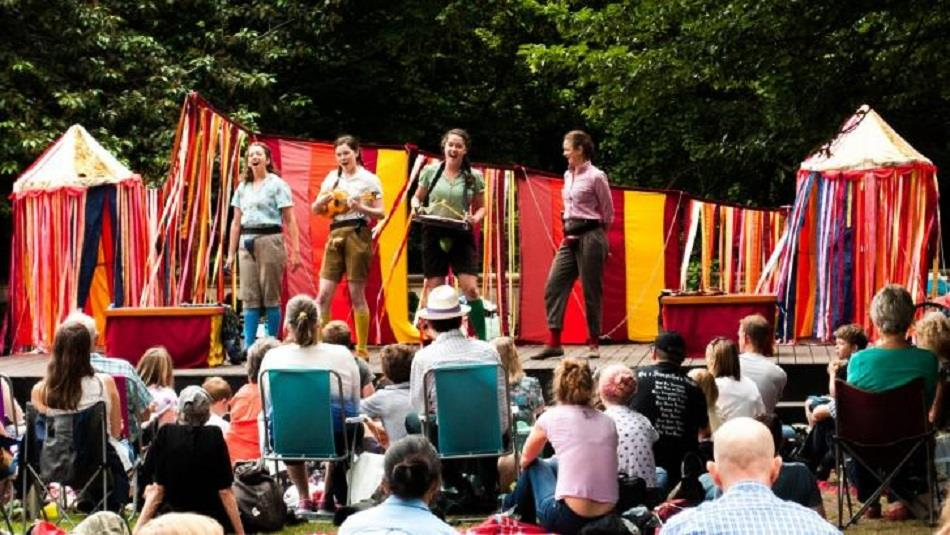 Raby Castle: Outdoor shakespeare